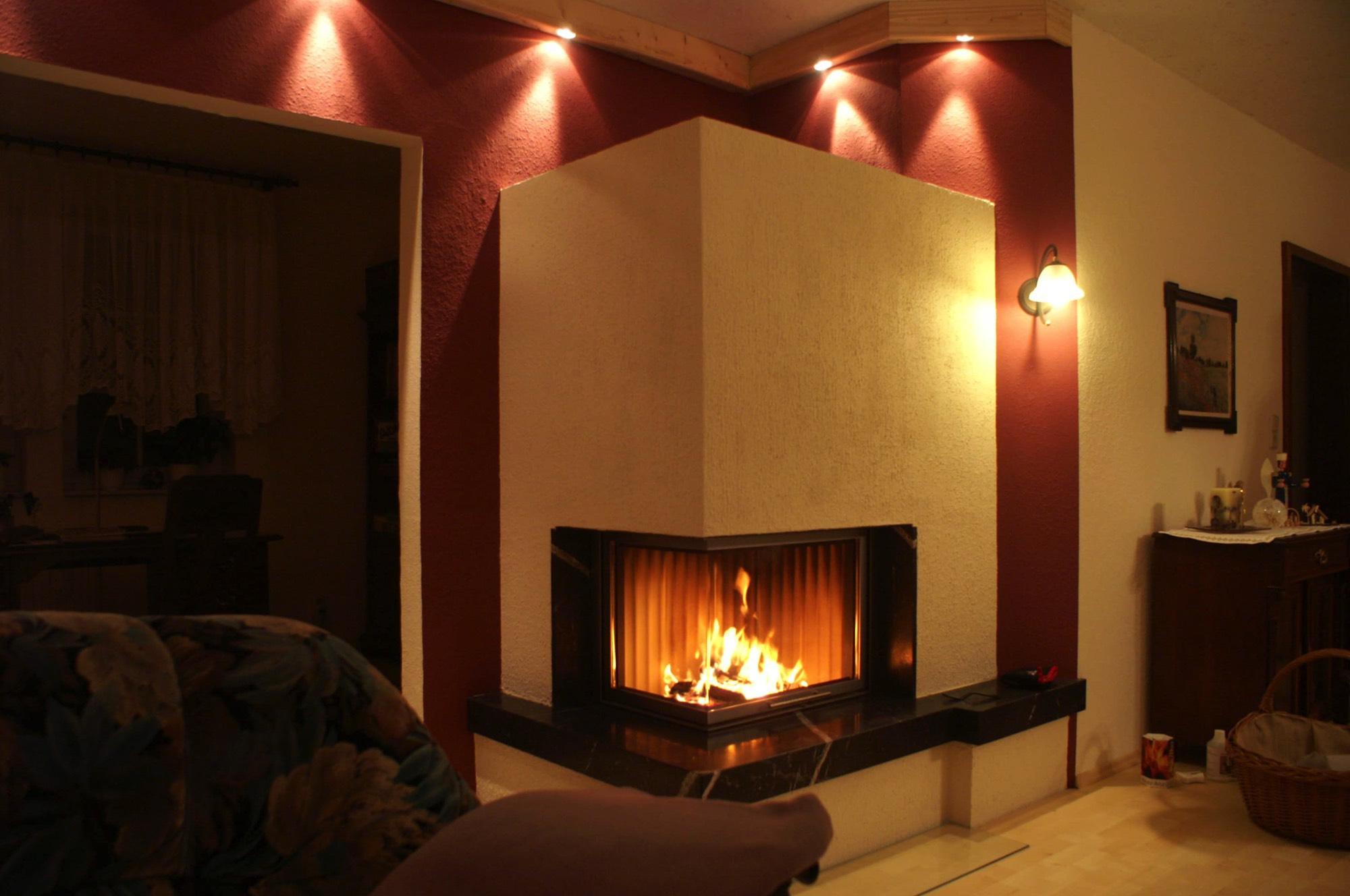 Eck Kamin, Farbe Ist Harmonisch Zum Interieur