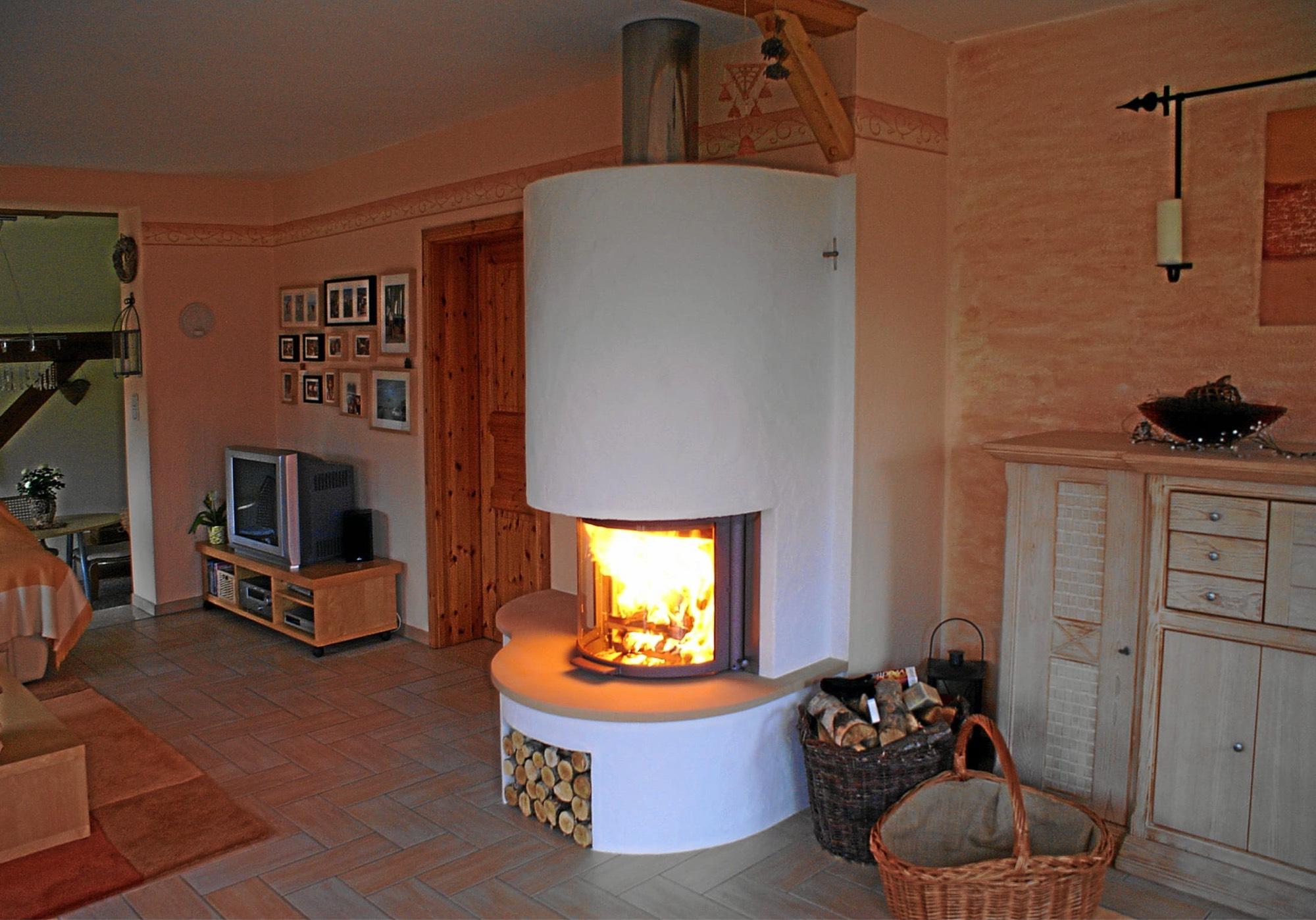 kamin fr die wohnung best wohnung typ mit terrasse und kamin villa europa wohnungen mit kamin. Black Bedroom Furniture Sets. Home Design Ideas